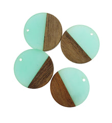 2 Round Natural Wood and Resin Charms - Z1027