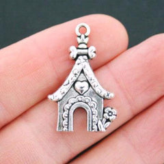 6 Dog House Antique Silver Tone Charms - SC5044
