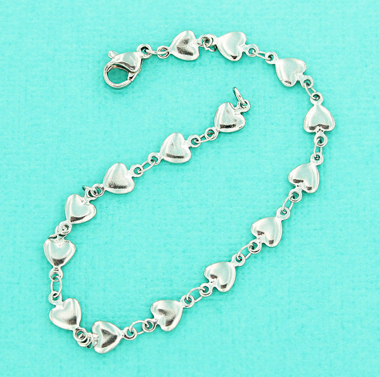 "Stainless Steel Cable Heart Chain Bracelet 7 1/2"" - 5.5mm - 1 Bracelet - FD545"