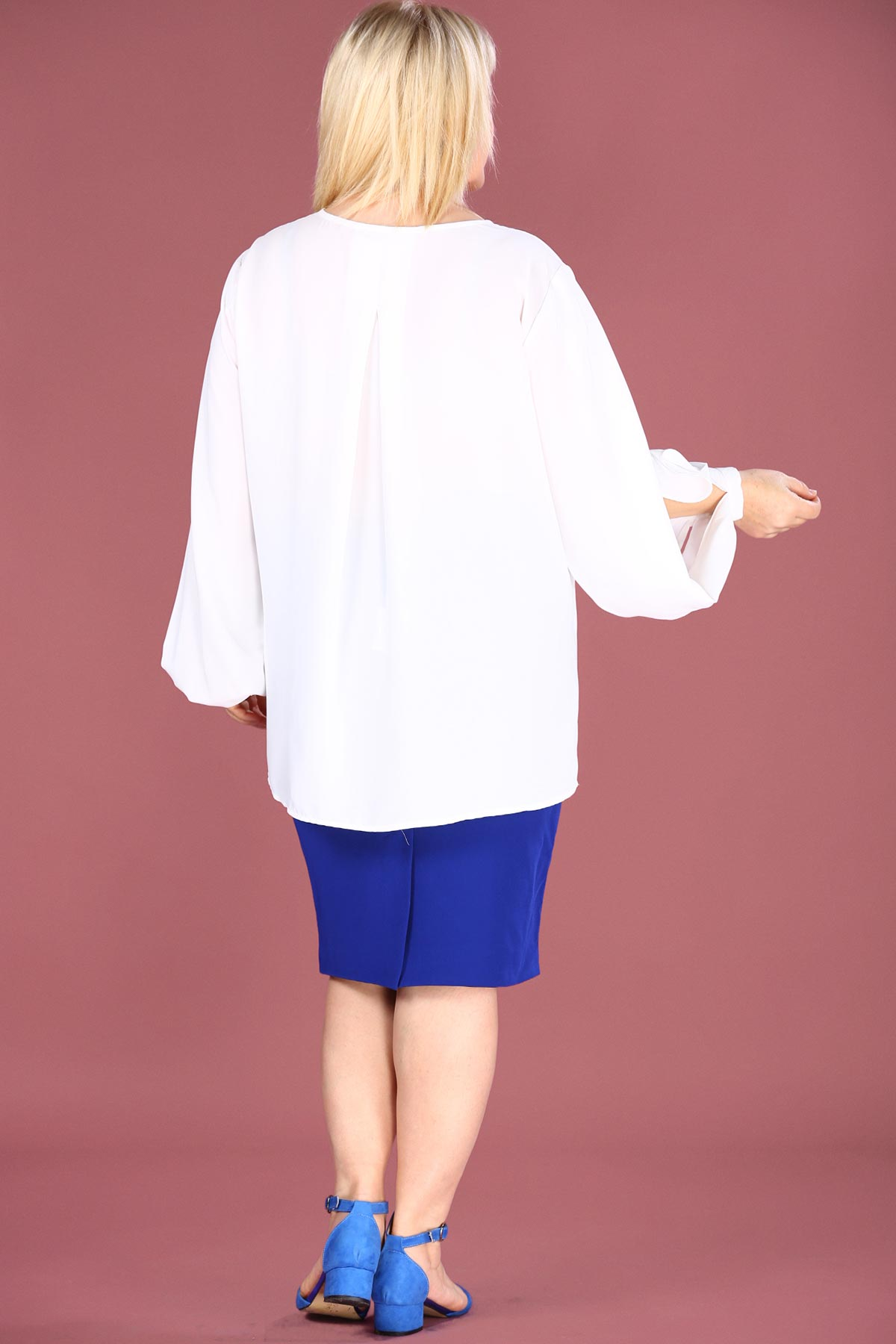 Women's Oversize White Blouse