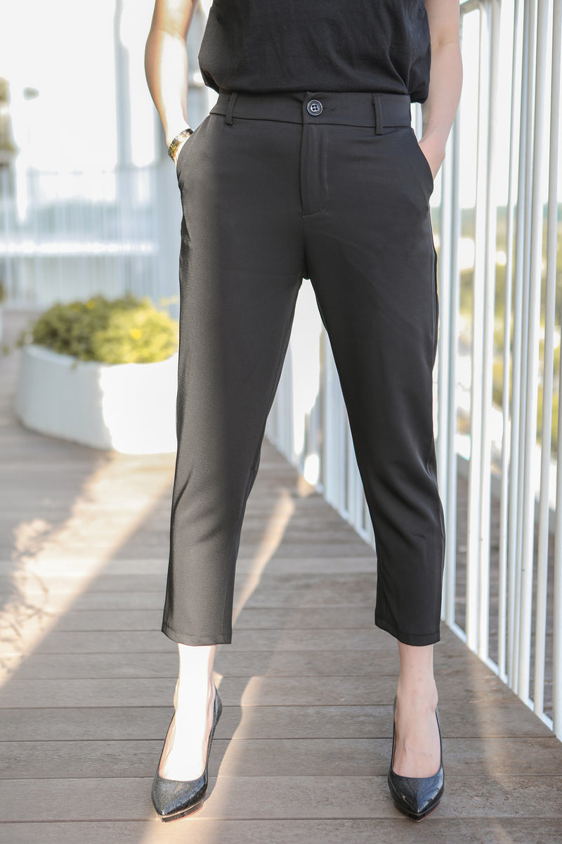 Solange Pants in Black