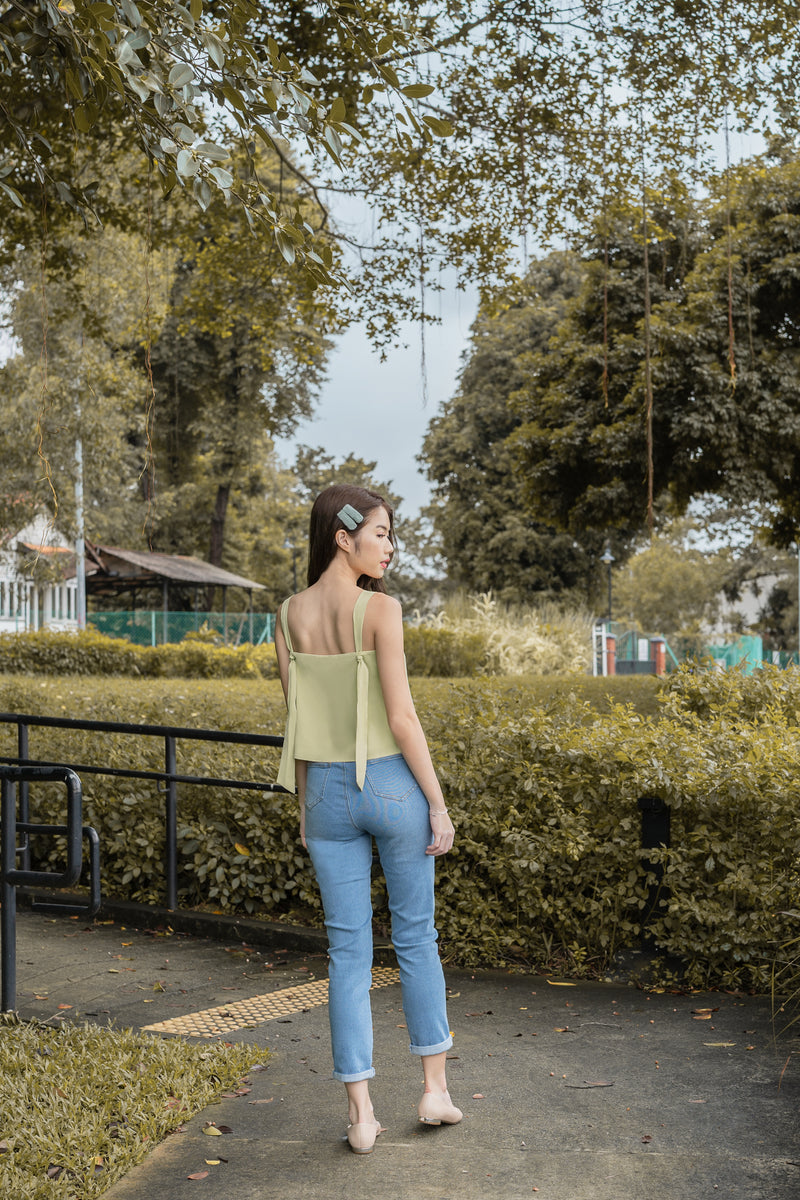 Simone Knot-Back Top in Pistachio