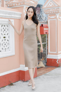 Giselle Ribbed Midi in Sand
