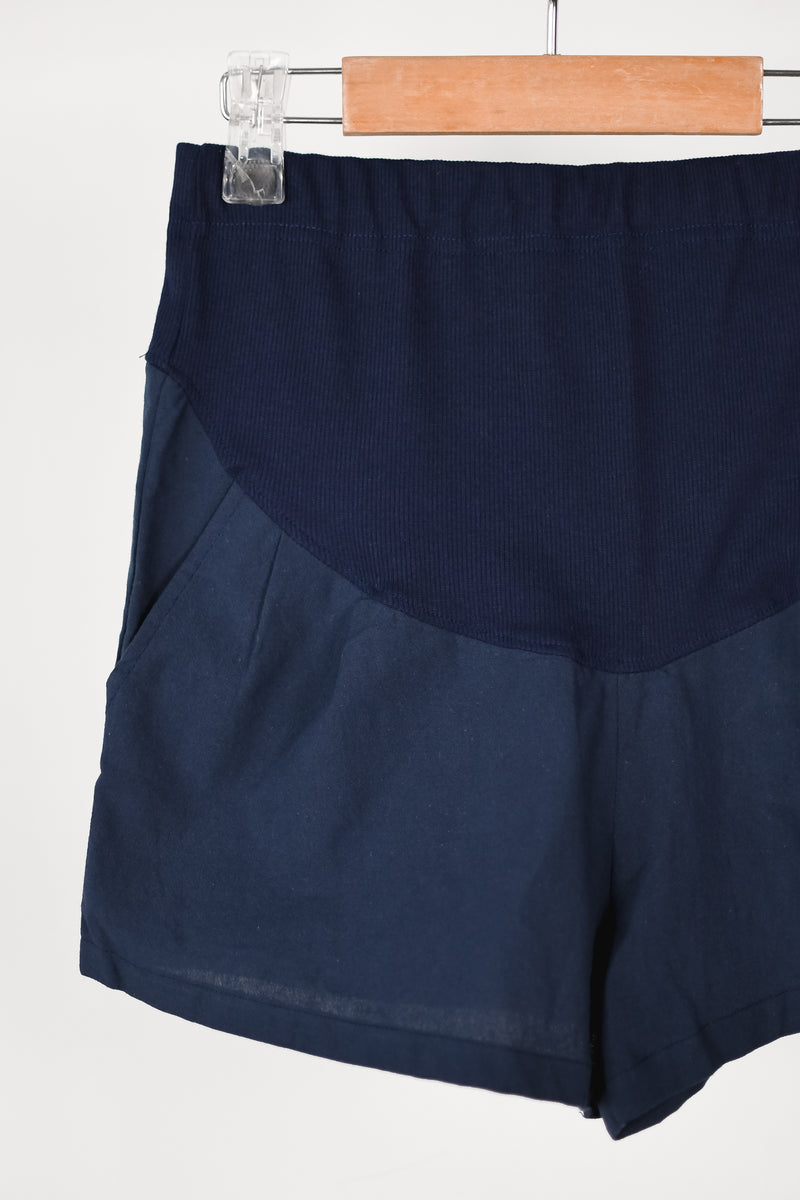Bryna Linen Maternity Shorts in Navy