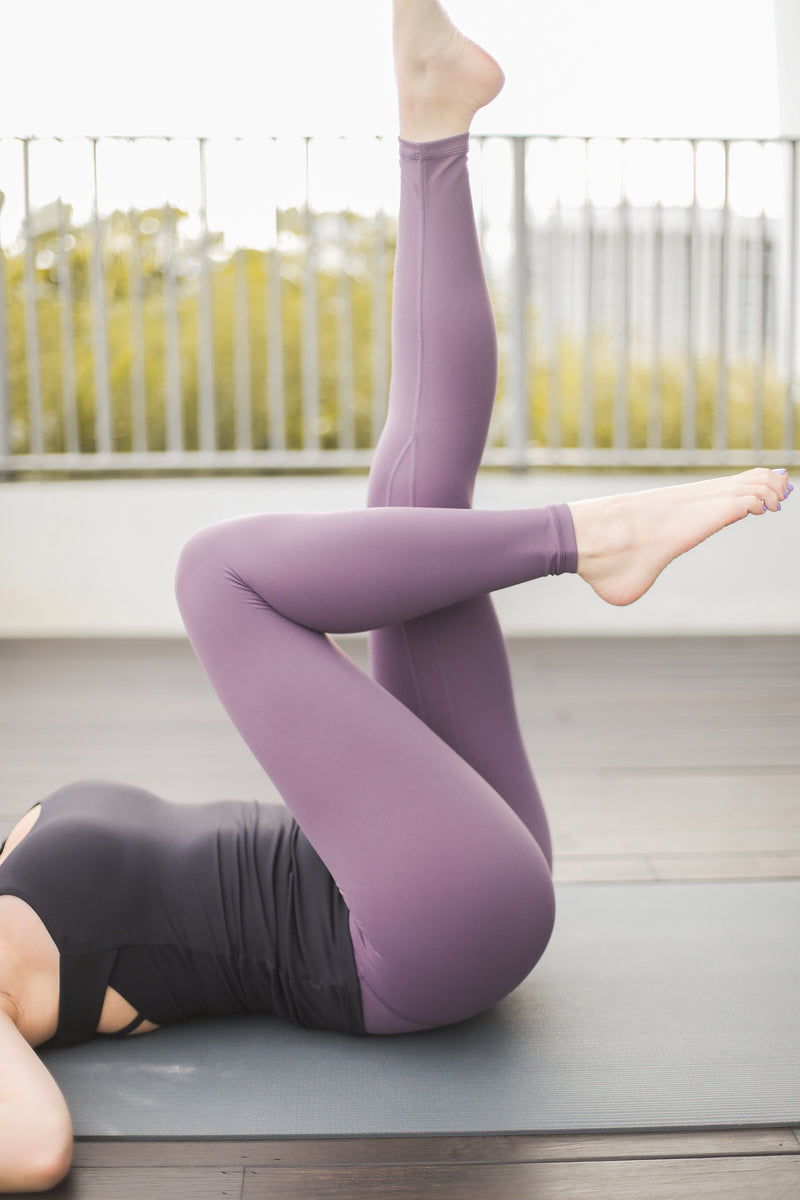 Warrior Performance Tights in Purple