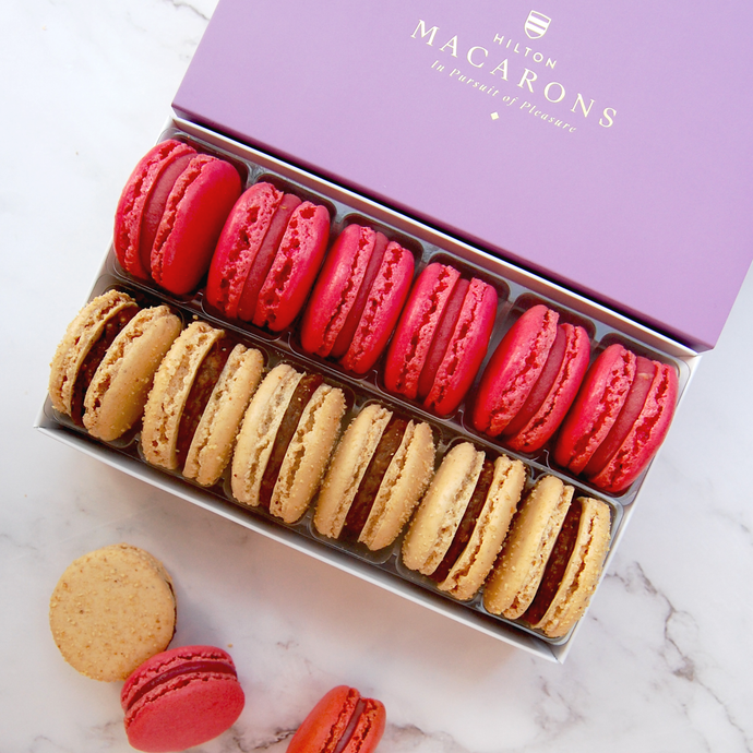 12 Macarons - Two Flavours