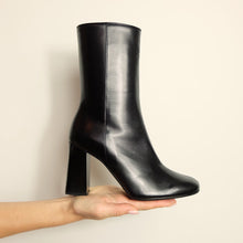Load image into Gallery viewer, Kosedy Nairobi Black Nappa Boot Block Heel