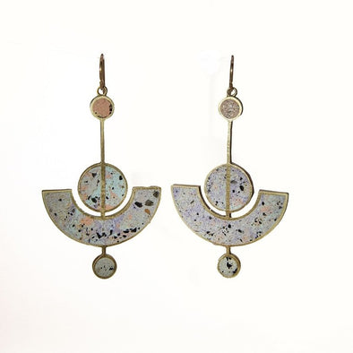Earrings: Lavalier Cinder