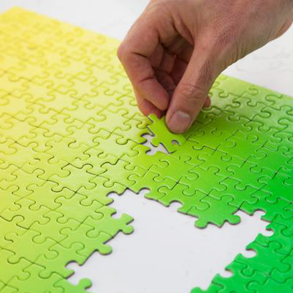 Gradient Puzzle: Green/Yellow