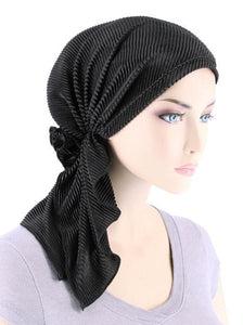 Bella Scarf in Plisse Black - Wigsisters