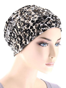 Cloche Cap in Black and White Cobblestone - Wigsisters