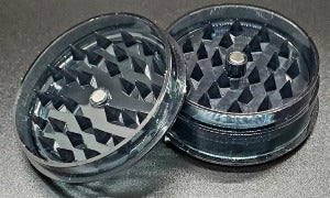 Acrylic 2 piece magnetic grinder black open