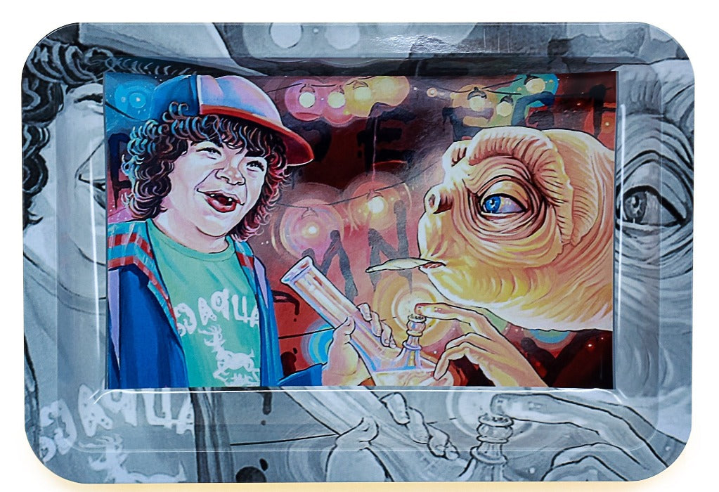 "Metal Rolling Tray ""Strange Stuff"" Dustin (Stranger Things) smoking with ET"