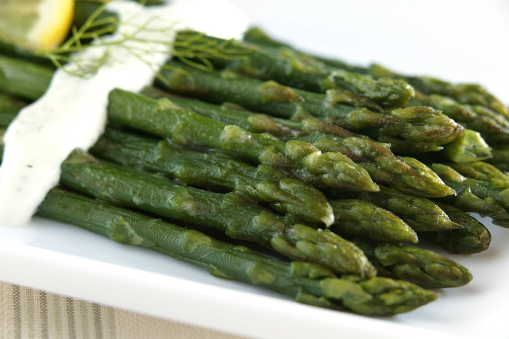 Asparagus with Dill Sauce - 3 Serving Side - Grab n' Go Ready