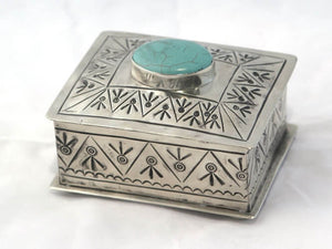 SMALL STAMPED BOX  W/ TURQUOISE ROUND STONE