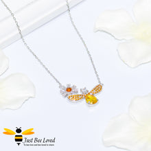 Load image into Gallery viewer, Sterling Silver 925 Bee & Daisy Pendant Necklace inlaid with orange and white cubic zircon crystals