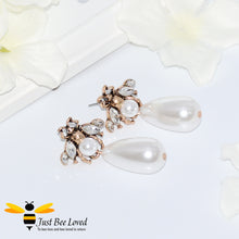 Load image into Gallery viewer, Vintage Pearl Teardrop Bee Earrings Trendy Fashion Jewellery