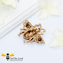 Load image into Gallery viewer, Chic Rhinestone & Pearls Vintage Bee Brooch Bee Trendy Fashion Jewellery