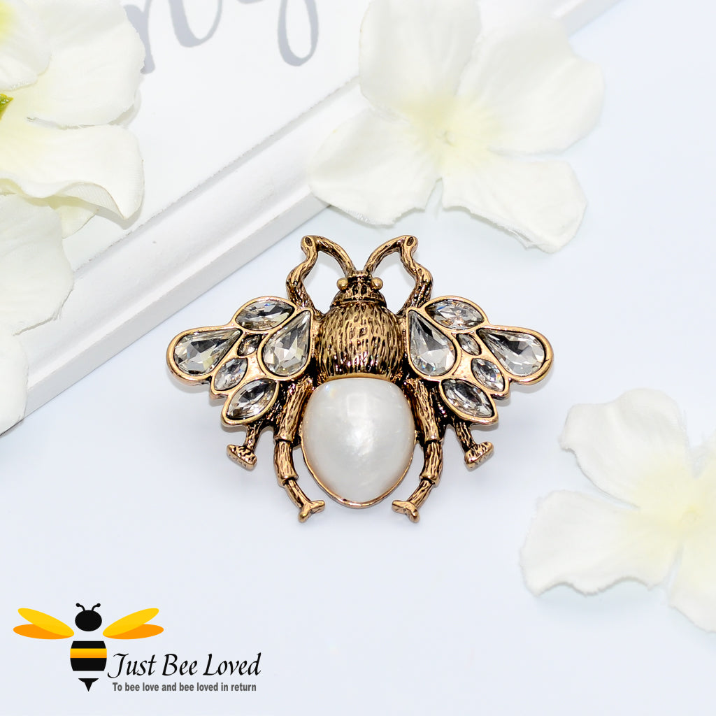 Teardrop Crystal & Pearl Vintage Bee Brooch Bee Trendy Fashion Jewellery