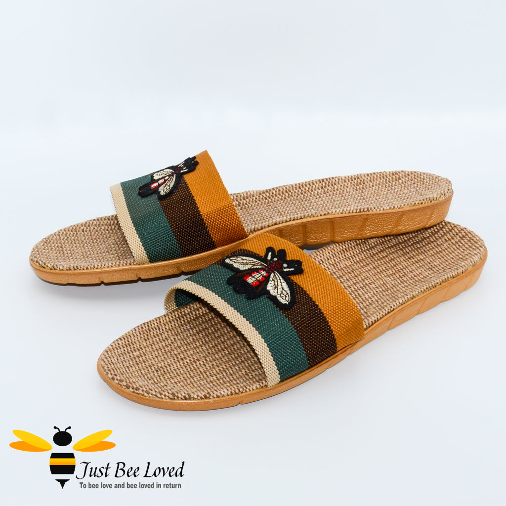 Men's woven hemp slippers with embroidered bee design