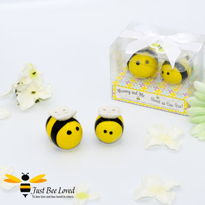 "Cute bumble bees salt and pepper condiment shaker set  in gift box with message ""mommy and me, sweet as can bee"""
