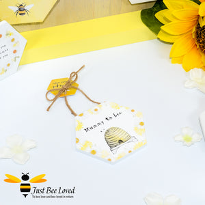"Wooden Mini Gift Signs featuring ""Mummy to Bee""  message bee Gifts"