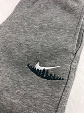 Load image into Gallery viewer, Nike Outdoor Joggers