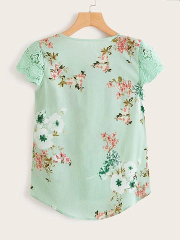 Contrast Lace Cuff Floral Print Blouse