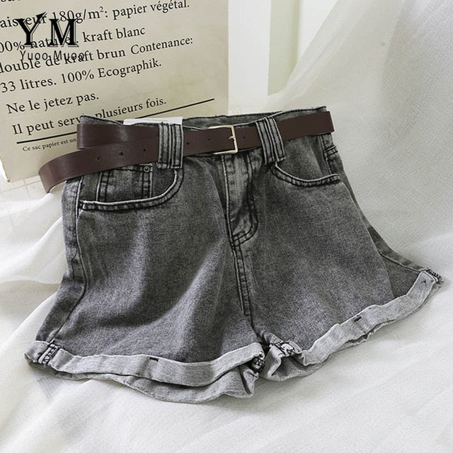 High Waist Crimping Black Denim Shorts