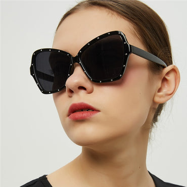 Max Glasiz Butterfly Shaped Frame Sunglasses