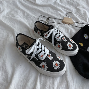 Flats Low-cut Lace-up  Shoes & Sneakers