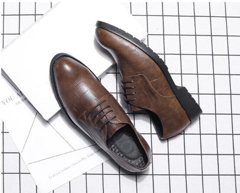 Genuine leather pointed toe Breathable Oxford shoes