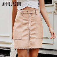 Elegant leather pencil skirt