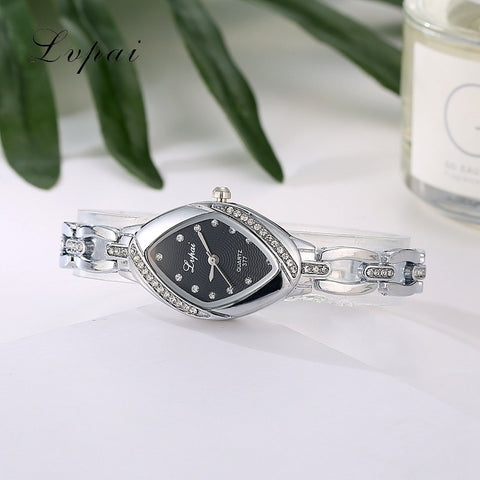 Luxury Quartz-Watch Ladies Watch Casual Oval Crystal Wristwatch