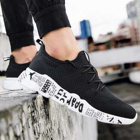 Men Casual fashion shoes Breathable hot sneakers