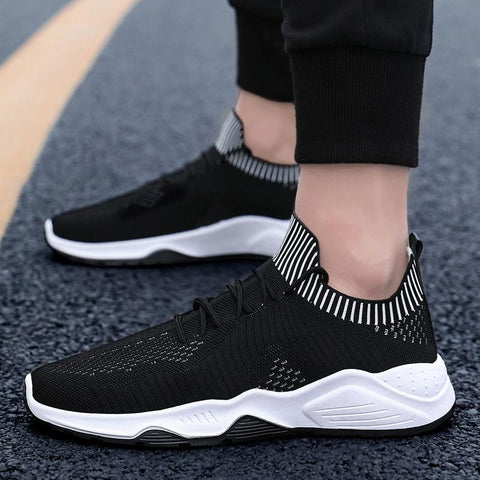Men hot sneakers Beathable Mesh Casual fashion shoes Lace Up