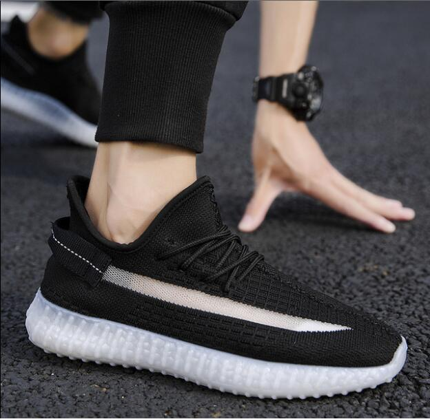 New Men Lightweight Shoes Breathable Flats Men Knit Casual Shoes Lazy Casual Shoes