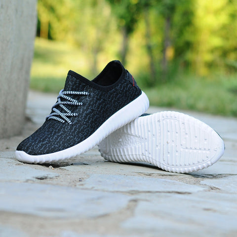Spring and autumn couples with breathable flying woven coconut shoes