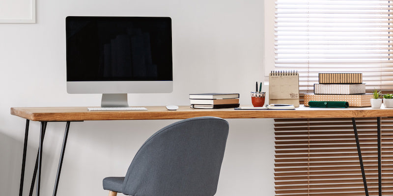 minimal office desk no storage