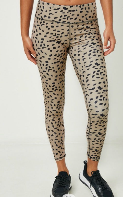 High Rise Abstract Dotted Active Wear Legging