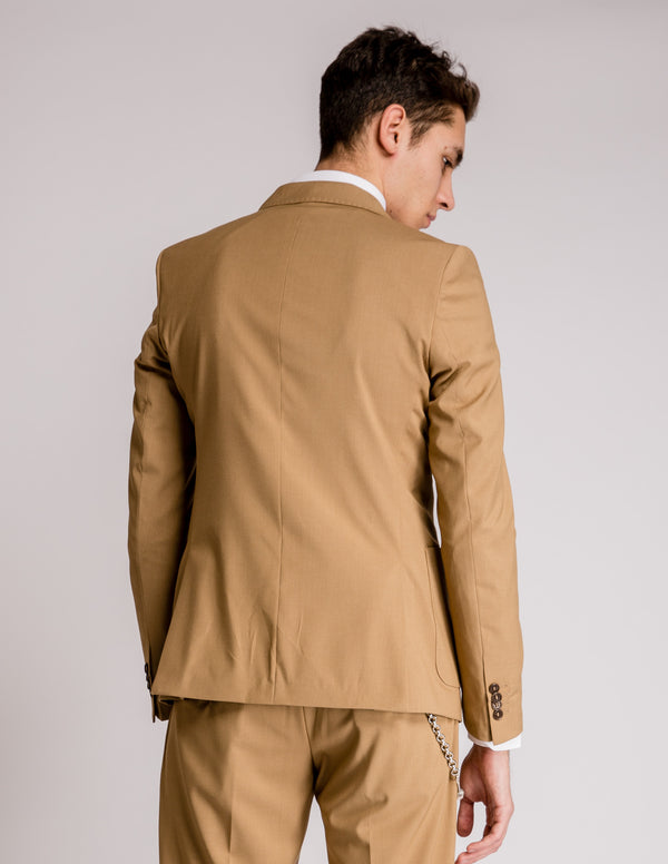 Double Suit Camel