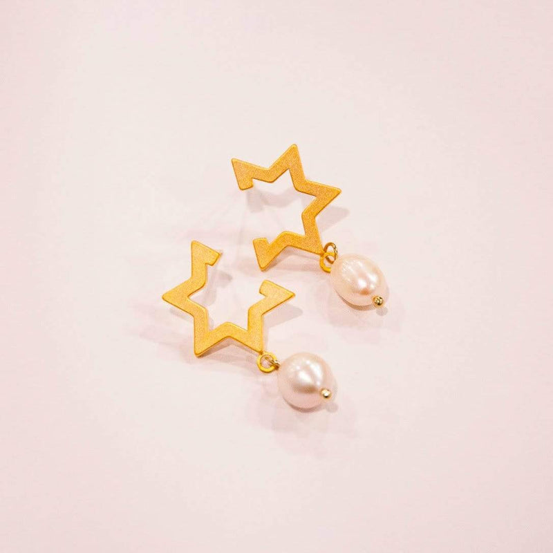 Earrings HALF STAR DROPS - 14K GOLD-PLATED Moi Accessories