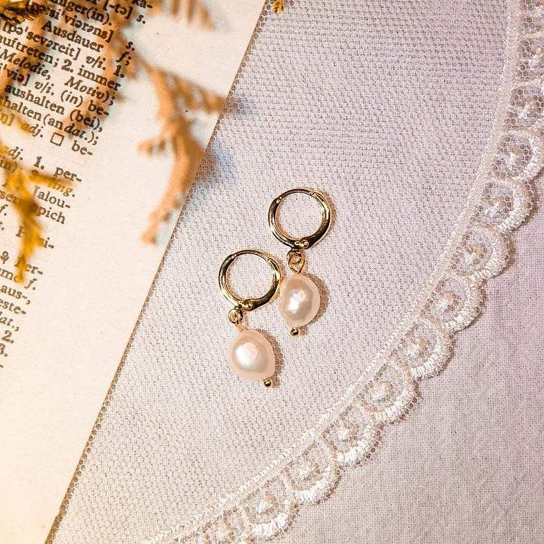 Earrings Natural Pearl Huggie 14K Gold-Plated Daily Pearl Mini Hoops - 14K Gold-Plated Moi Accessories