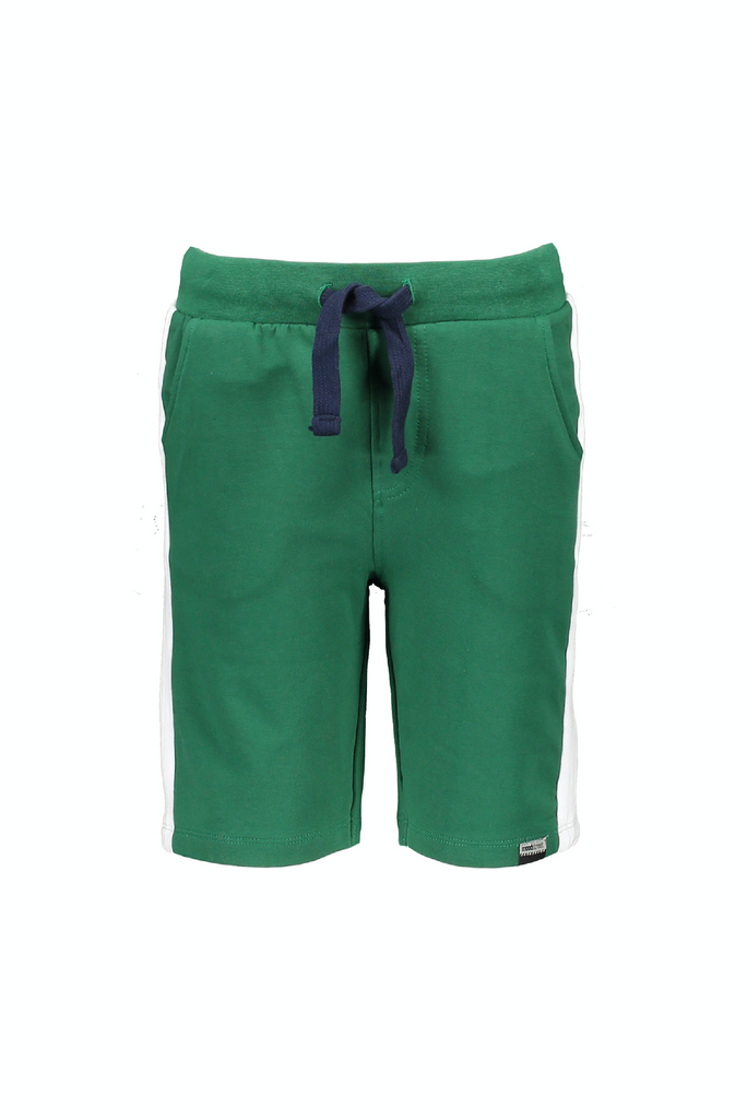 Jongens MT short van Moodstreet in de kleur Green in maat 122, 128.