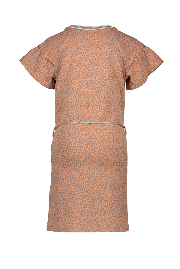 Meisjes Momba ss dress with aop animal  van NoNo in de kleur Hazelnut in maat 146, 152.