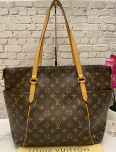 Louis Vuitton Totally MM Monogram Shoulder Tote (FL2141)