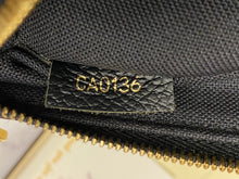 Load image into Gallery viewer, Louis Vuitton Pallas Noir Clutch Bag (CA0136)
