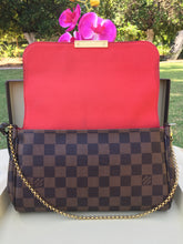 Load image into Gallery viewer, Louis Vuitton Favorite MM Damier Ebene Crossbody Bag (FL0185)