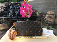 Load image into Gallery viewer, Louis Vuitton Favorite MM Monogram Crossbody Bag (SA1115)