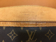 Load image into Gallery viewer, Louis Vuitton Delightful MM Monogram Shoulder Bag (MI3185)